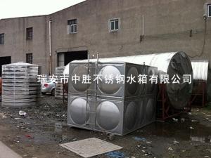 不锈钢圆住形水塔水箱
